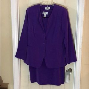 Other - Purple 3pc Tally Taylor Suit